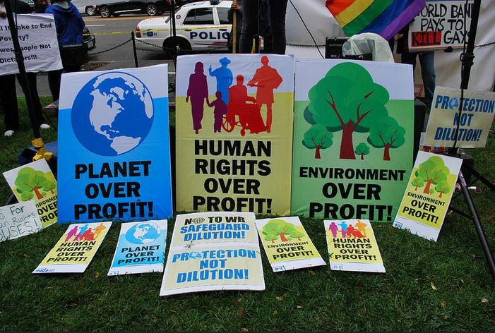 Estándares Ambientales Y Sociales En Financiamiento Para El Desarrollo
